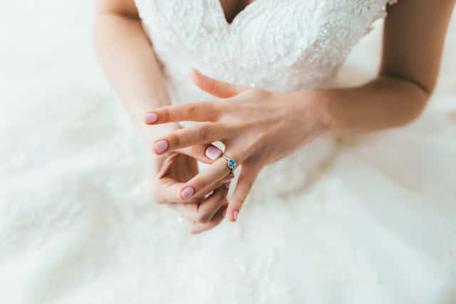 結婚 適齢期 女性