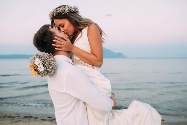 結婚 適齢期