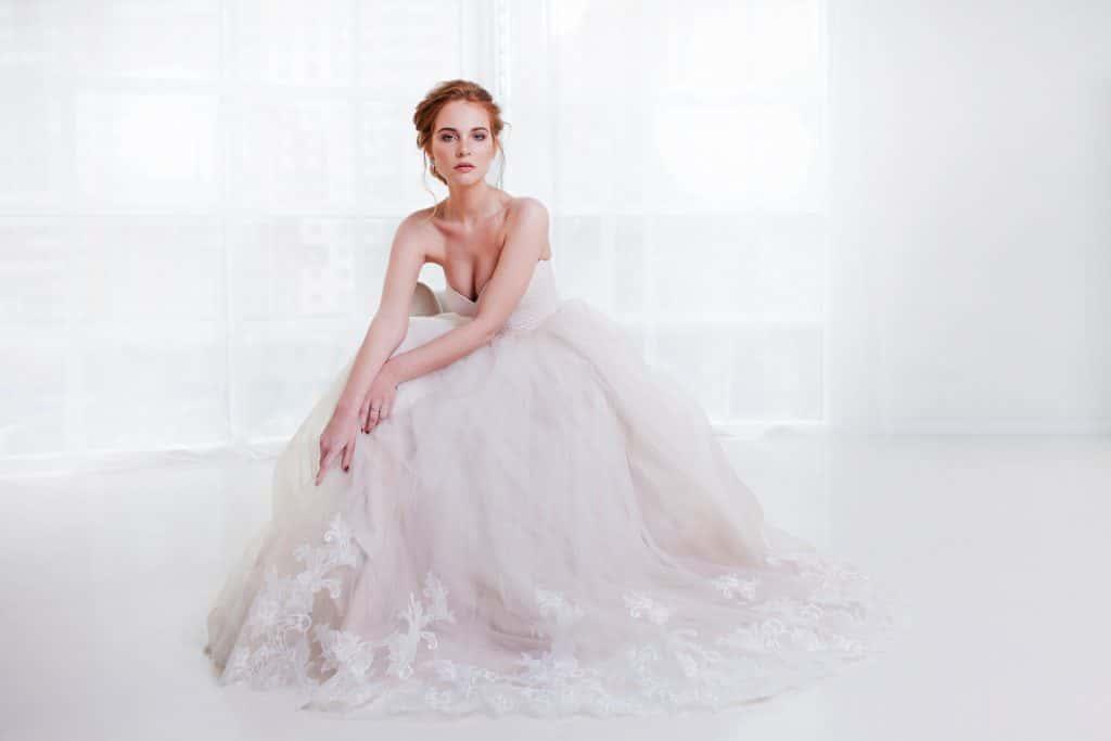 理想の花嫁姿に♡ウェディングドレスの種類&選び方のポイントは?